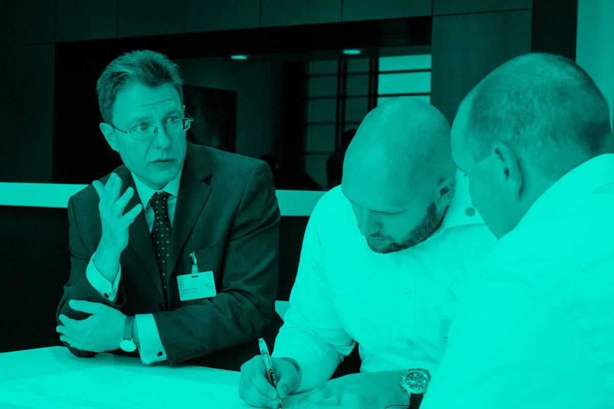 Diskussionsrunde bei der Beyond Initiative.